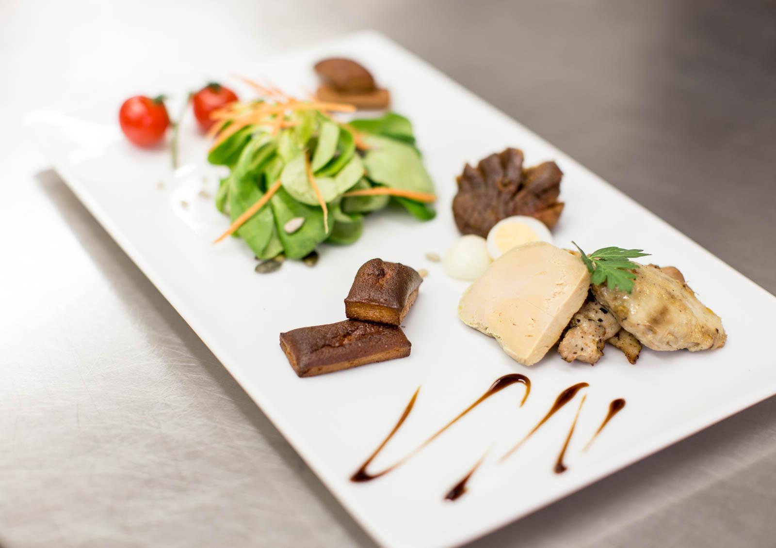 Buffet lunch entre amis cuisine d 39 un jour traiteur for Cuisine entre amis